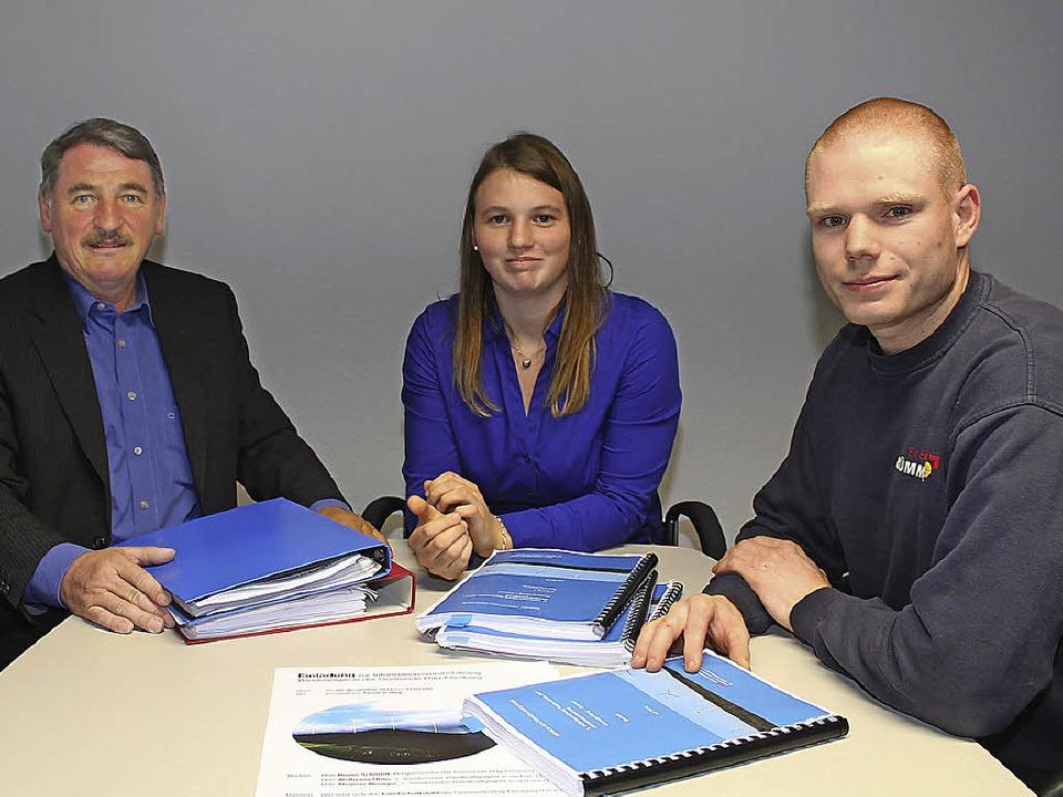 Siegfried Zettler, Tabea Zettler und M...twürfen für den Regionalplan Windkraft    Foto: Anja Bertsch
