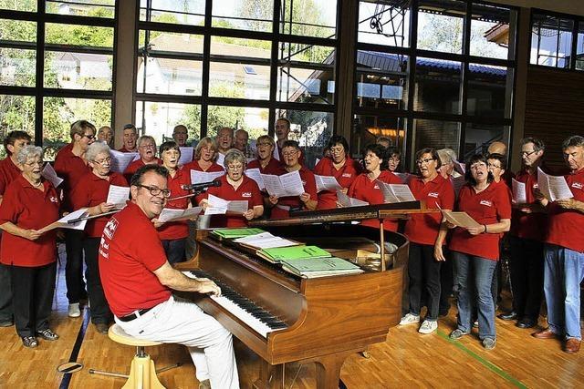 Die Besucher sangen angeregt mit