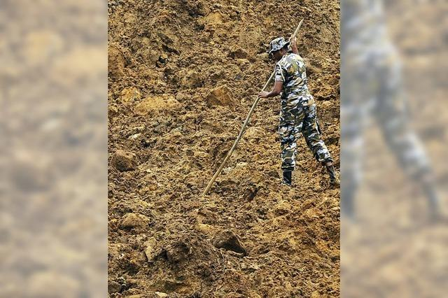 Nach Erdrutsch werden 192 Menschen vermisst