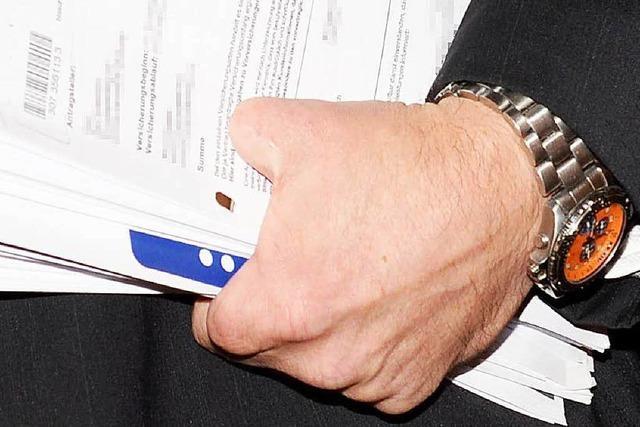 Mann sägte sich Finger ab und wollte Versicherung prellen