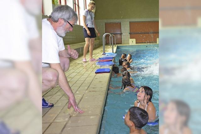 Schwimmpause im Hallenbad wegen Reparaturen