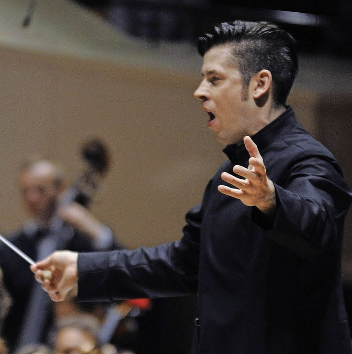Ohne Scheu vor Opulenz: Dirigent Wolfgang Roese   | Foto: Foto (Archiv): Promo