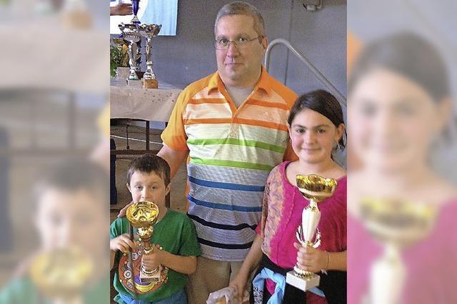 Ein Pokal für den Jüngsten