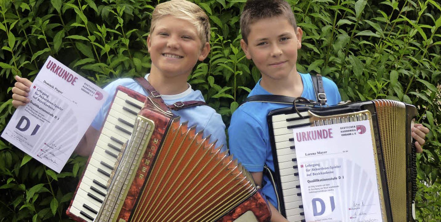 Lorenz Mayer und Dominik Pieper (links...mstag sind sie im Konradsaal zu hören.    Foto: aos