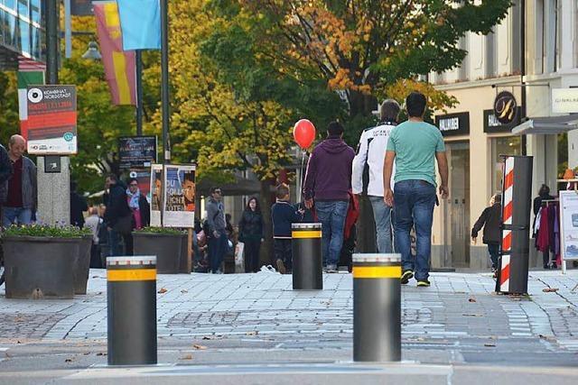 Wie sinnvoll sind die Poller in der Lörracher Fußgängerzone?