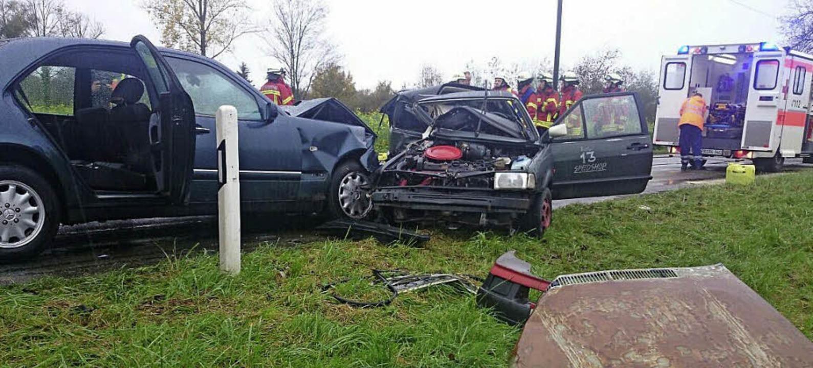 Einen Toten und zwei Verletzte gab es ...en Breisach und Burkheim ereignet hat.    Foto: kamera24.tv