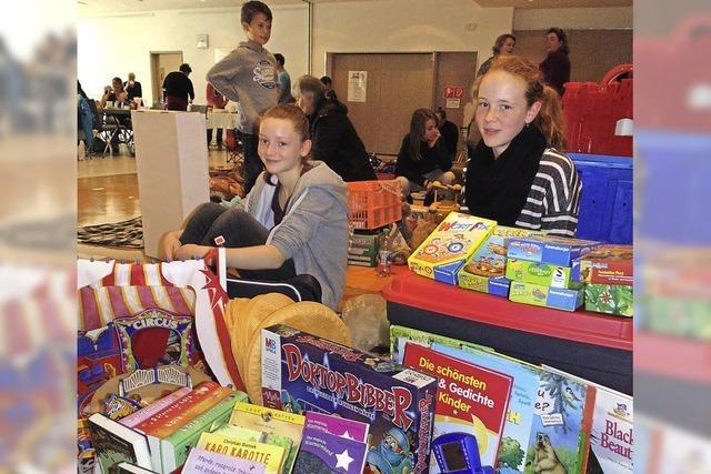 Großer Andrang beim Kindertrödelmarkt