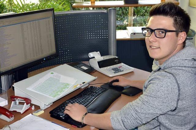 Ausbildungsberuf Steuerfachangestellter: Bei Pietro Bitto ist die Affinität zu Zahlen gefragt