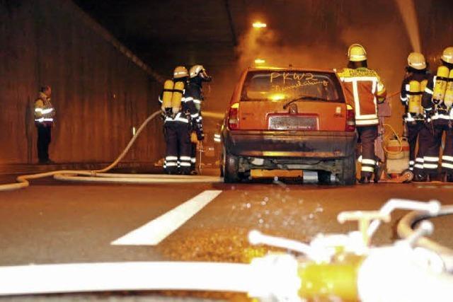 400 Retter proben im Kappler Tunnel