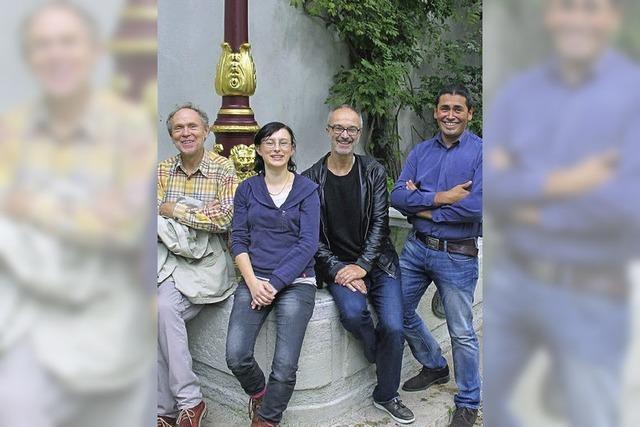 Tenor Gerd Türk und Ensemble tragen geistliche Lieder vor