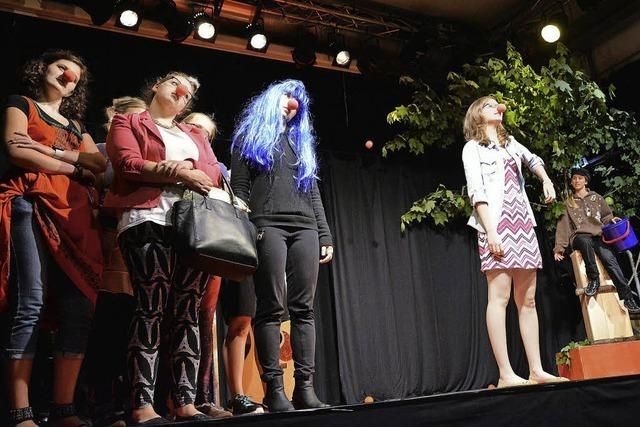 """Junges Theater spielt """"Nichts. Was im Leben wichtig ist"""" in Lörrach"""