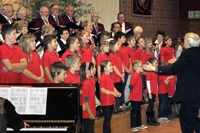Jung und Alt beim Gesangverein