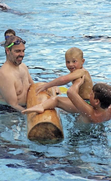 Spiel und Spaß im Freibad dank dem Förderverein.   | Foto: Eva Korinth