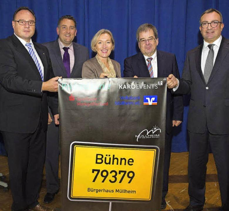 Auf die zweite Auflage der  Bühne 7937..., Rudolf Köpfer und Ulrich Feuerstein.    Foto: Volker Münch