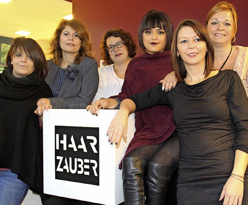 Das Haarzauber-Team: Sara Rodriguez, I...Senger und Valerie Wagner (von links)     Foto: Monika Weber