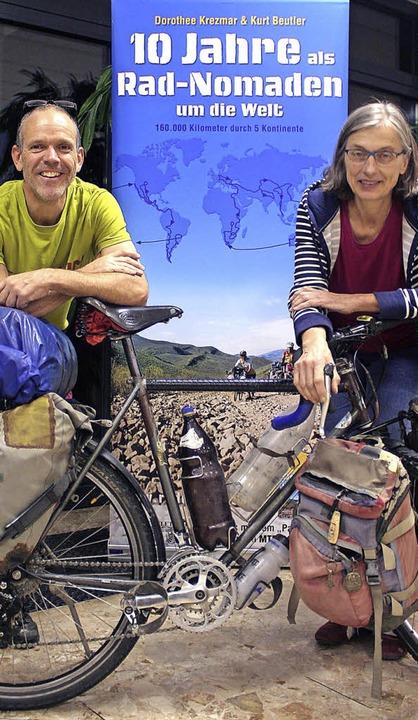 Ihre Fahrradweltreise dauerte zehn Jahre: Dorothee Krezmar und Kurt Beutler      Foto: Cremer