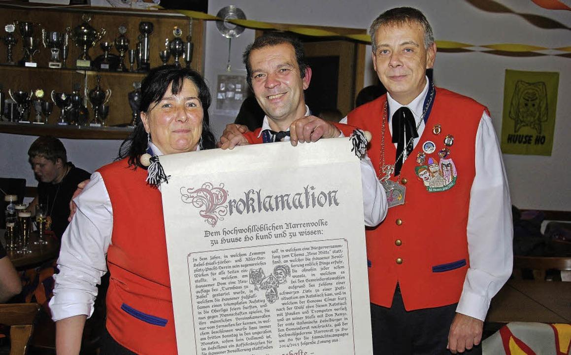 Hausens Fasdnächtler verkündeten das M...klamation bereits, was in ihm steckt.   | Foto: Edgar Steinfelder