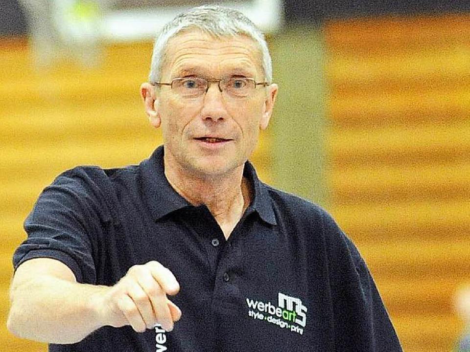 Bei vielen Handballvereinen fehlt der ...– Ex-Bundestrainer Armin Emrich.    Foto: Michael Heuberger