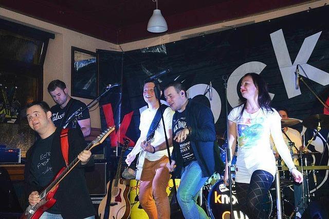 Da lebt das Städtli auf: Livemusik in Elzacher Lokalen