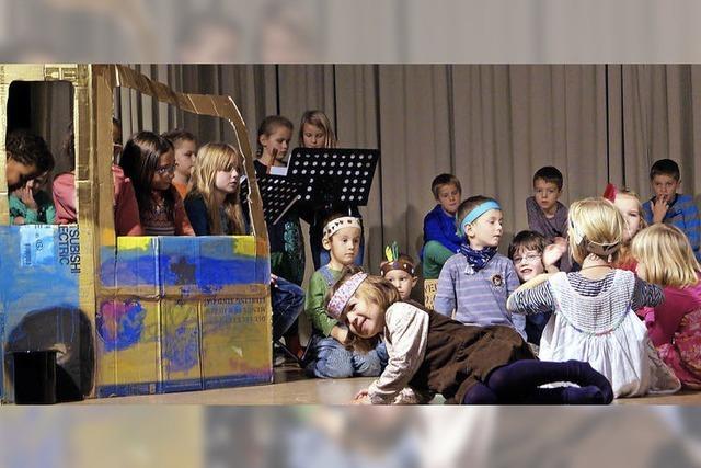 Kinder auf fröhlicher Reise mit dem Rhythmusbus