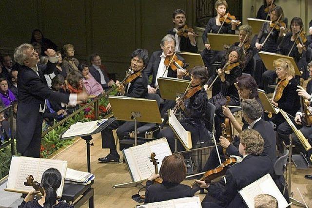 Bernd Ruf, Raul Jaurena und die Philharmonie Baden-Baden spielen in Lahr
