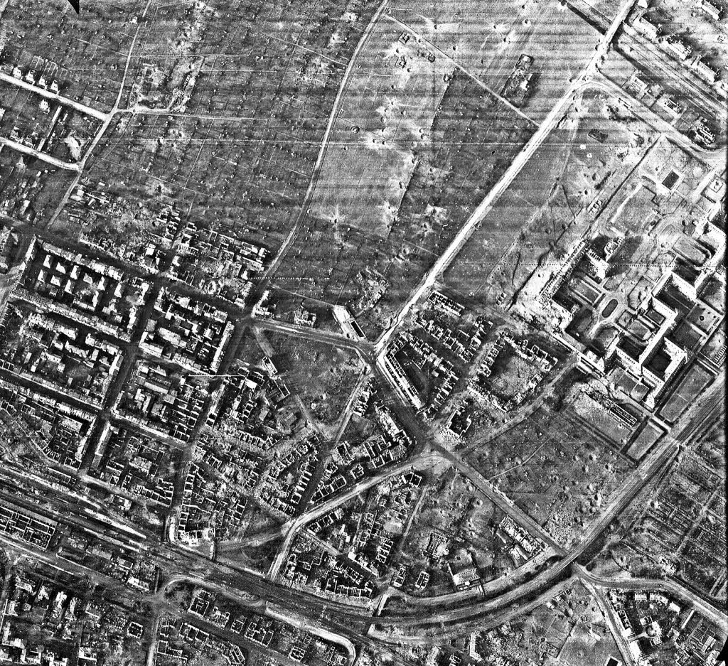 50,000 evacuated in Hanover, Germany, over World War II bombs   Page 2   SpaceBattles Forums