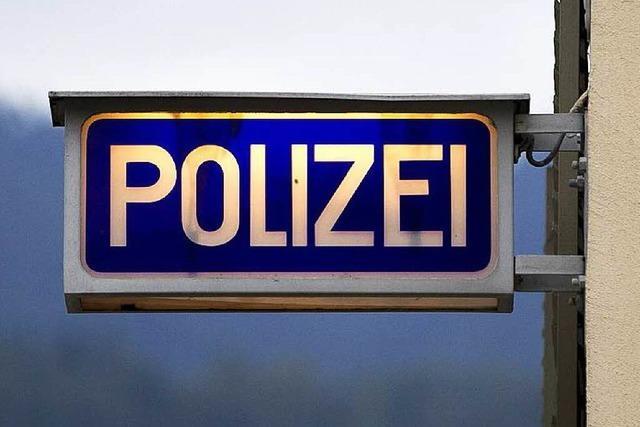 Falsche Polizisten rufen Seniorinnen an – Ermittler warnen