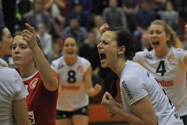 Erster Sieg für Volleyballerinnen aus Offenburg