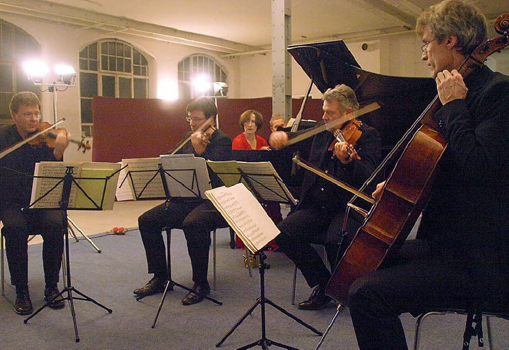 Das Vogler Quartett, unterstützt von P...ebhabern ins Krafft-Areal nach Fahrnau  | Foto: Karin Stöckl-Steinebrunner