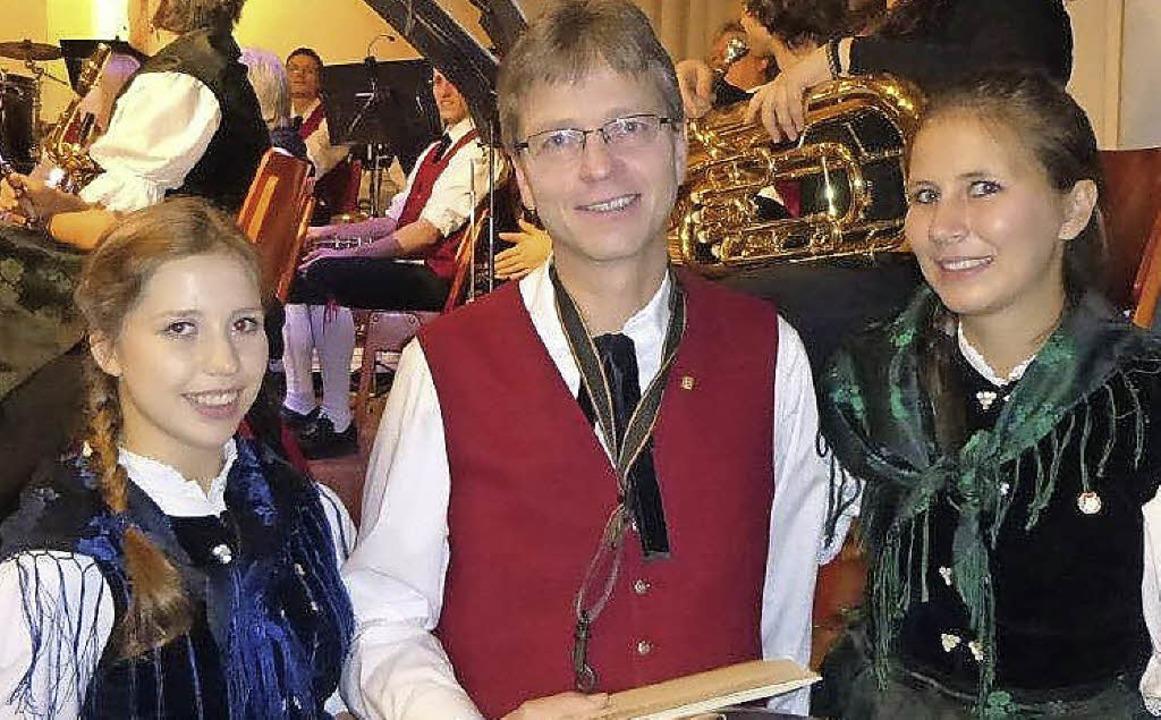 Die Geehrten der Trachtenkapelle: Eva-...nd des Konzerts bei ihrem Flötensolo.   | Foto: Anne Freyer