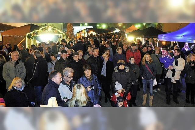 Weihnachtsmarkt wird zum Besuchermagnet