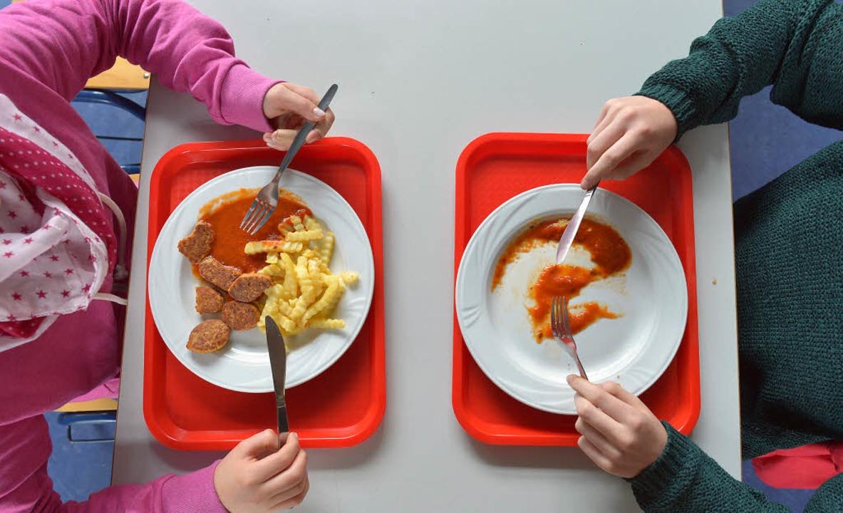 Schulessen ist zu fleischhaltig und oft nicht frisch - Panorama ...