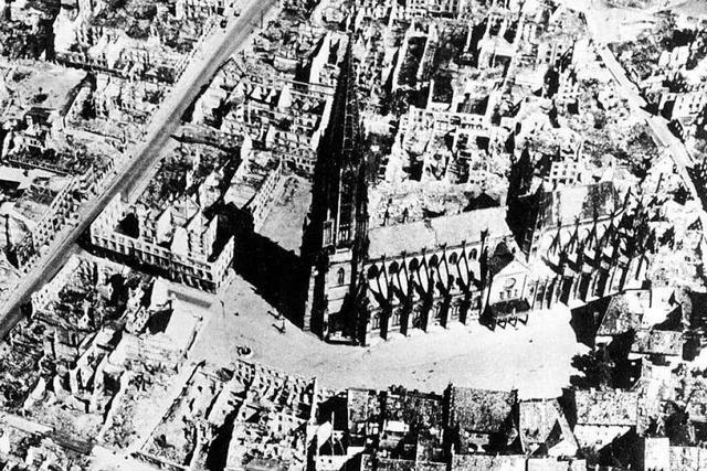 Freiburger Bombennacht: Fakten und Zahlen in einer interaktiven Grafik