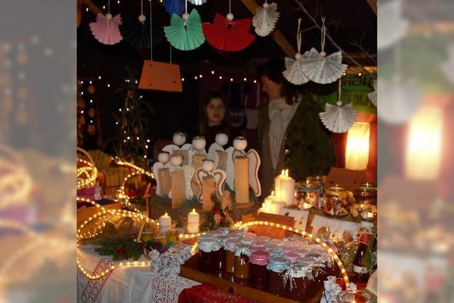 Der Weihnachtsmarkt lädt ein