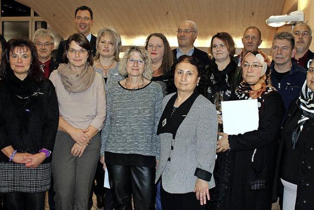 Ametek-Dunkermotoren ehrt 20 Mitarbeiter für ihre Treue
