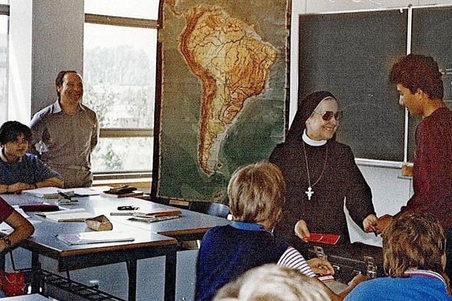 Ein Basar macht Schule