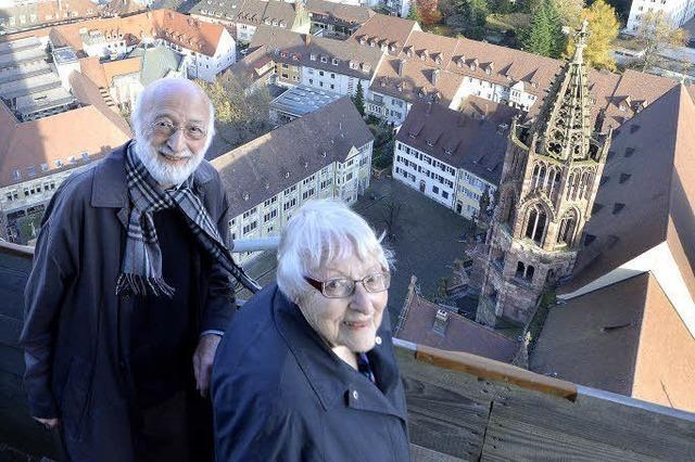 Als Jugendliche deckten sie nach der Bombardierung das Münsterdach neu