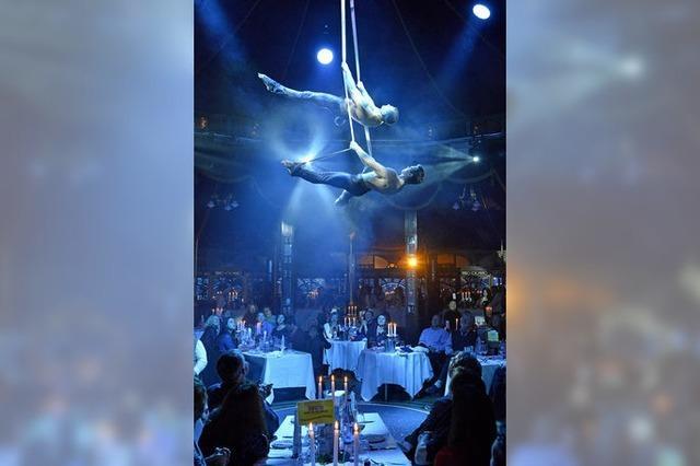 Teatro Colombino bittet wieder zu Tisch und zum Applaus