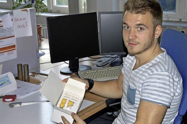 Ausbildungsberuf Packmitteltechnologe: Luca Schätzle braucht räumliches Vorstellungsvermögen und handwerkliches Geschick