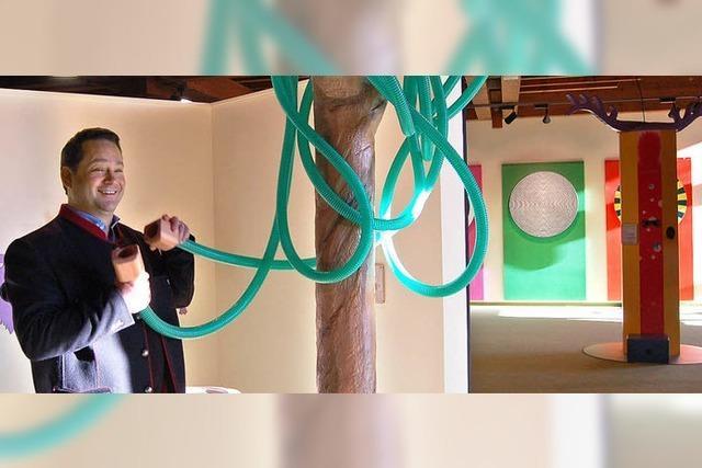 Bonde macht im Museum mit