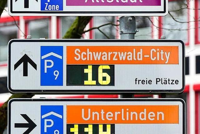 Parken in Freiburg in der Vorweihnachtszeit? Nur etwas für Mutige
