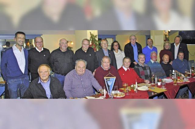 35 neue Ehrenmitglieder beim SV