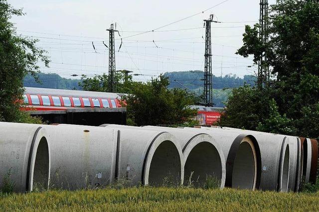 Nervenaufreibende Bauarbeiten: Zugbetrieb auf Rheintalbahn stand auf dem Spiel