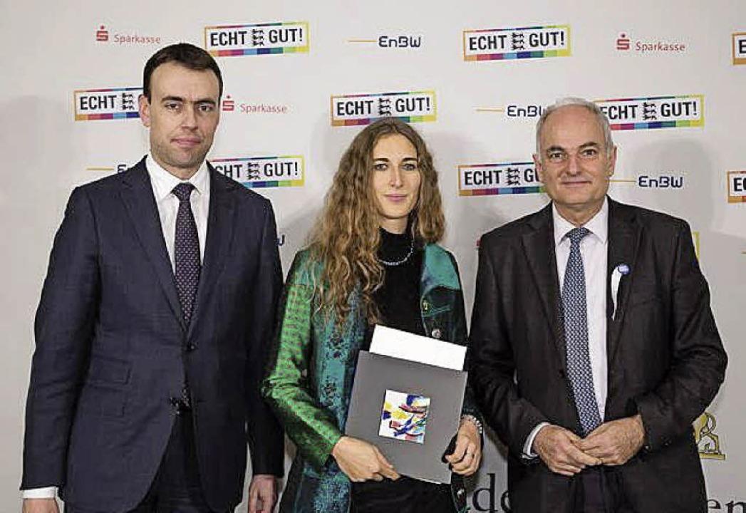 Preisübergabe mit  (von links) Nils Sc...rd Beck als Vertreter der Preisstifter  | Foto: Sozialministerium