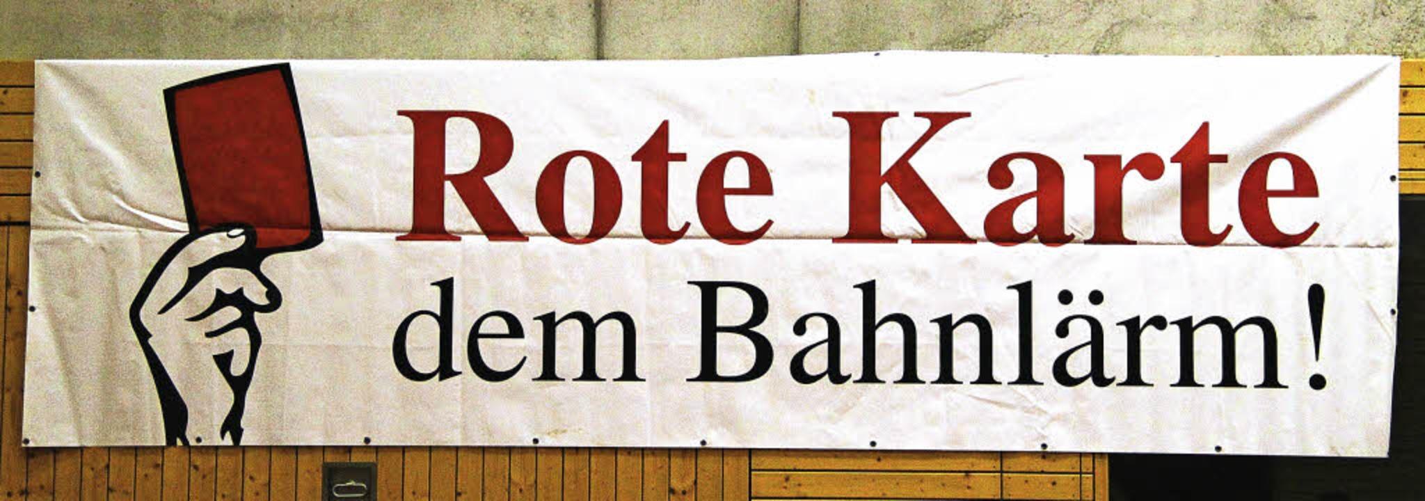 Klare Ansage bei der Protest-Veranstaltung in Auggen   | Foto: a. huber
