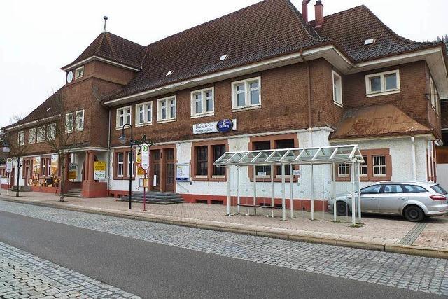 Bahnhof Titisee steht zum Verkauf