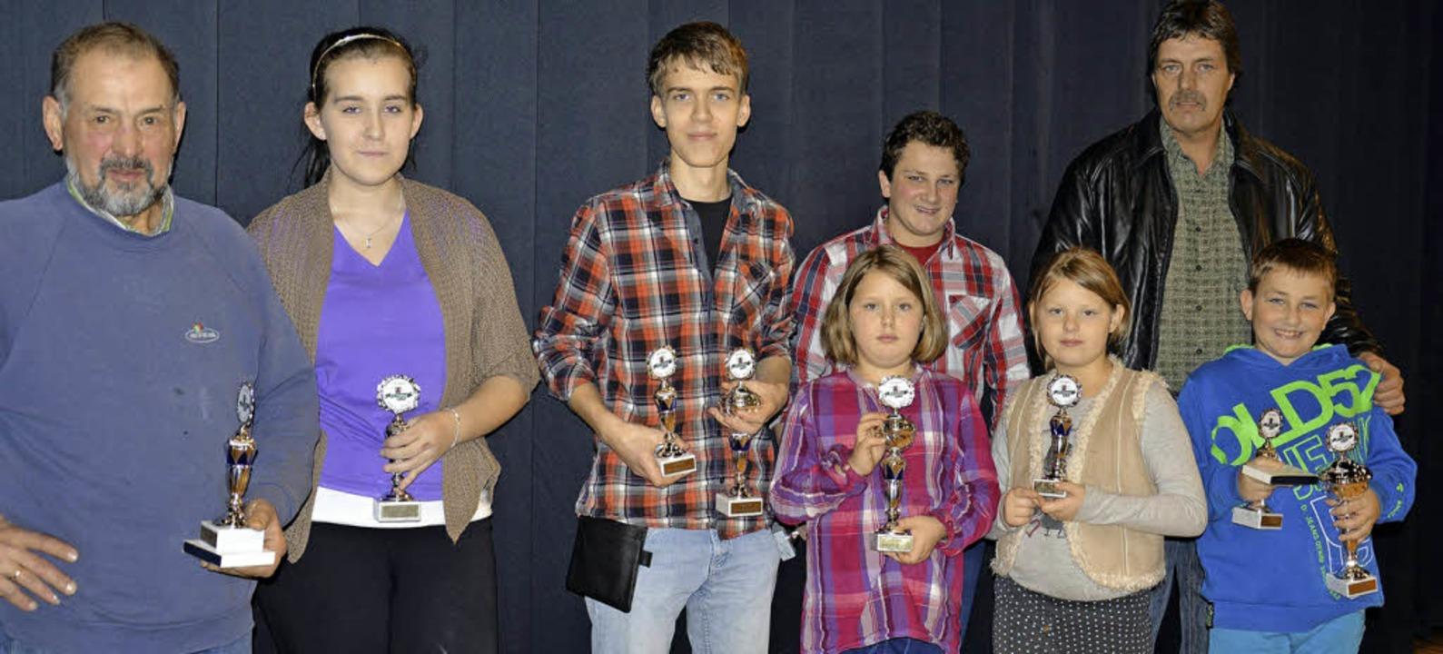 Die Pokalgewinner bei der Kreisschau in Maulburg   | Foto: Georg Diehl