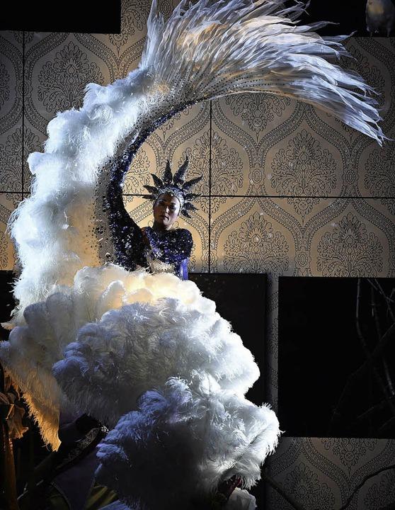 Großer Flügelschlag: die Königin der Nacht (Sen Guo)   | Foto: Hans Jörg Michel
