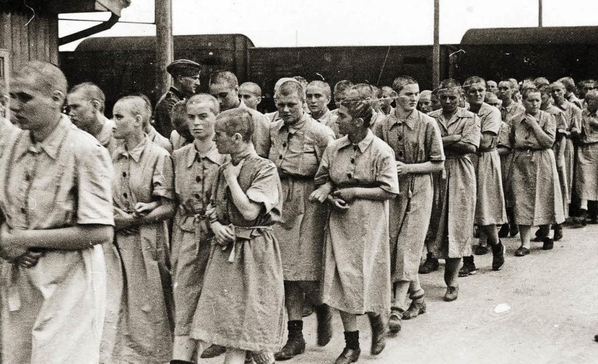Von Wilhelm Brasse fotografiert: Weibl...ck ins Konzentrationslager Auschwitz.   | Foto: Museum der Gedenkstätte Yad Vashem, Jerusalem