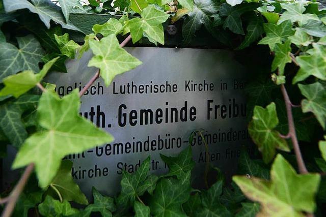 Student gesteht, Pfarrer aus Herdern in einer akuten Psychose erstochen zu haben